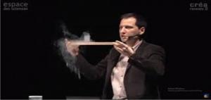 Lévitation et supraconduction, expériences  Par Julien Bobroff